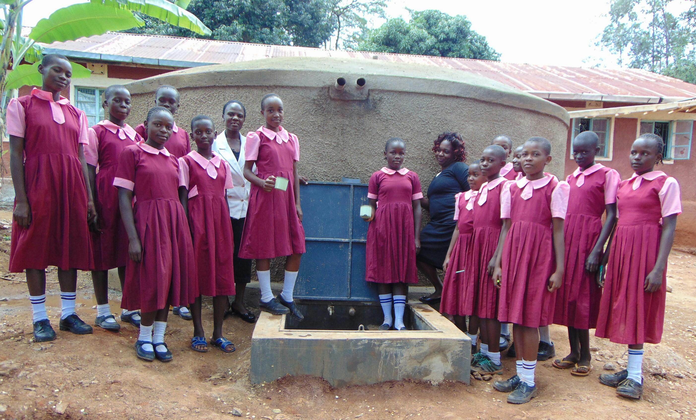 The Water Project : 1-kenya19048-rain-tank-complete