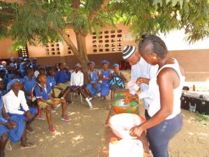 The Water Project:  Discussing Handwashing