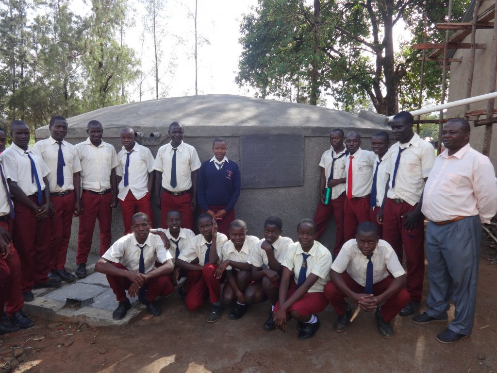 The Water Project : 1-kenya19037-completed-tank