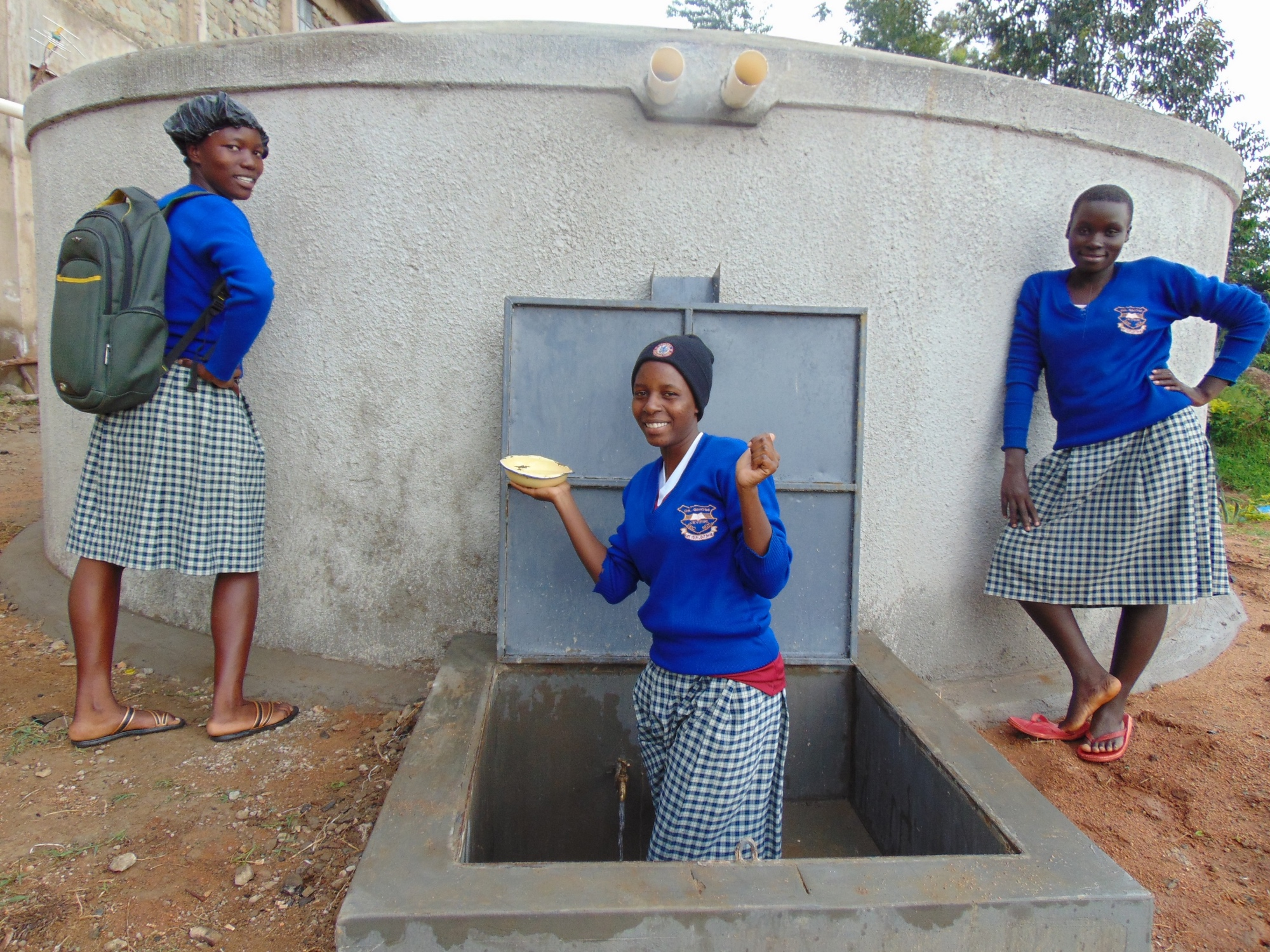 The Water Project : 33-kenya19036-completed-tank