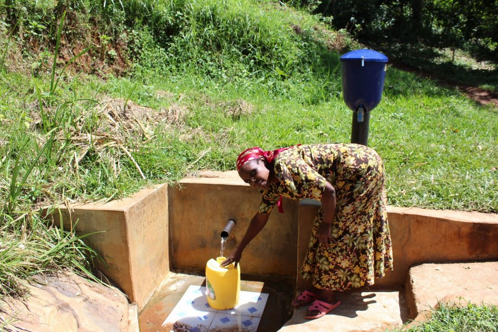 The Water Project : 1-kenya18105-gladice-fetches-water