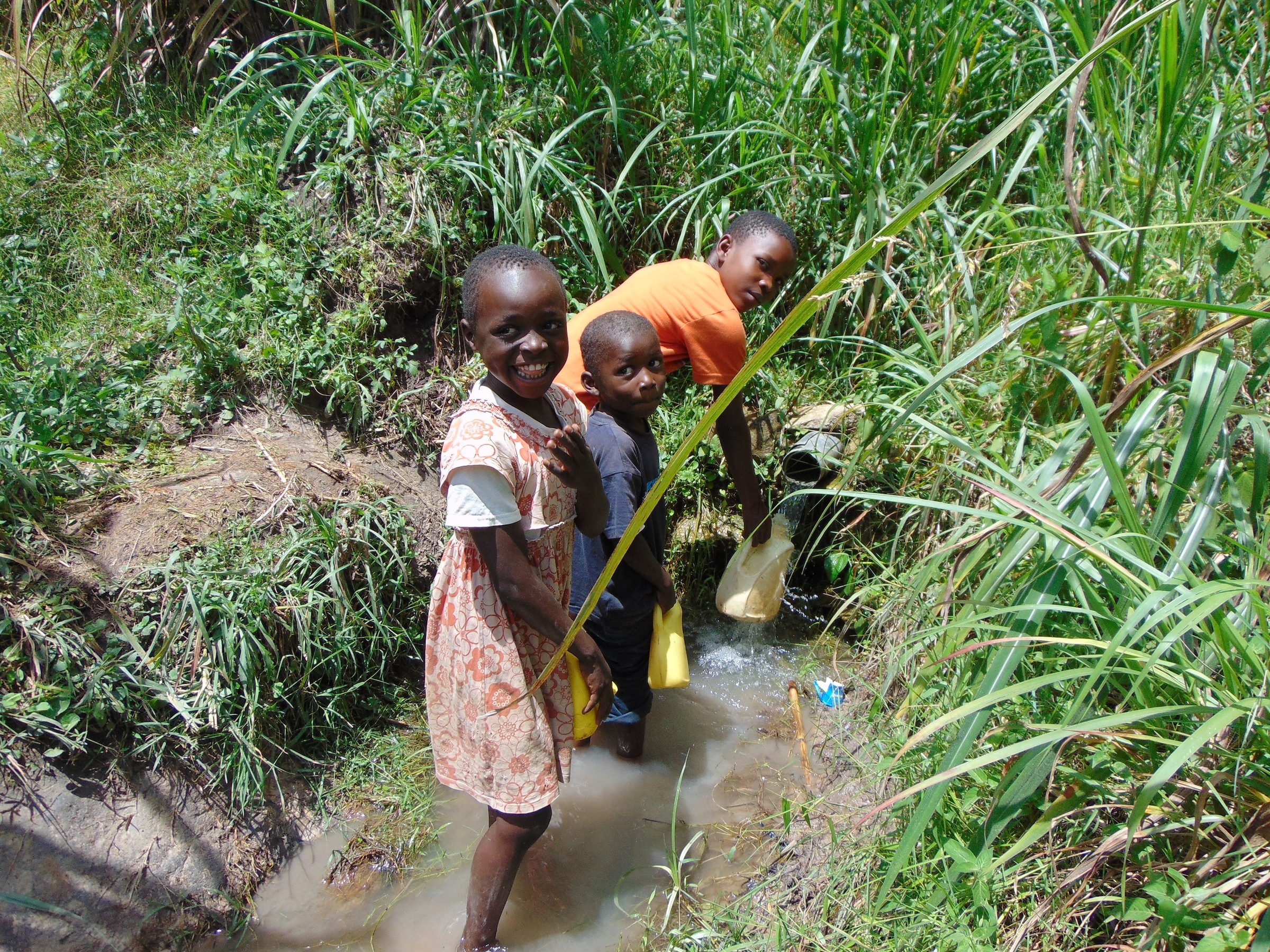 The Water Project : 11-kenya19145-fetching-water