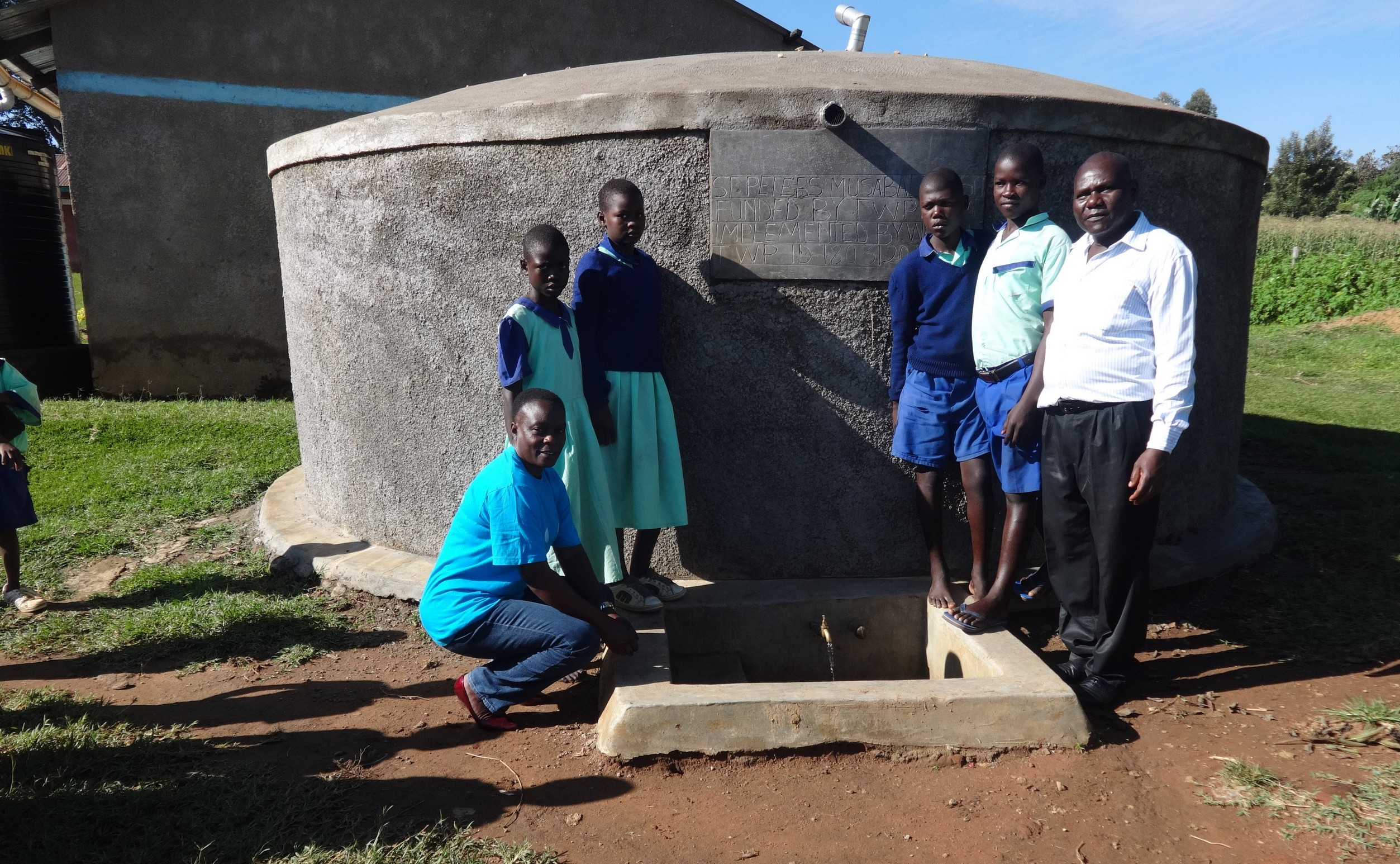 The Water Project : 2-kenya18031-students-and-staff-at-the-rain-tank