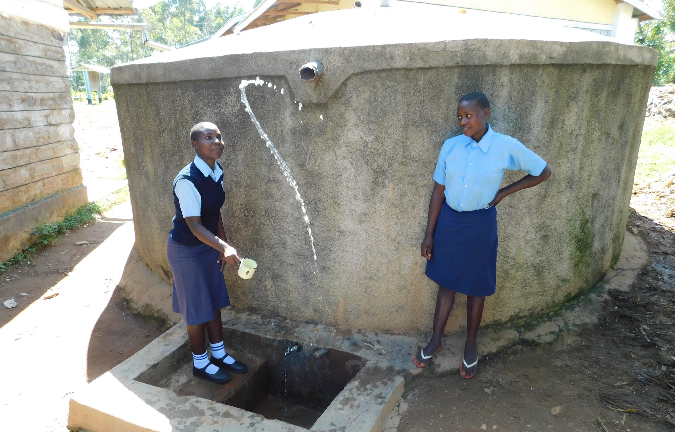 The Water Project : 2-kenya18035-having-fun-with-water