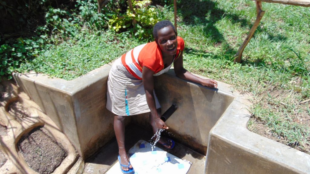 The Water Project : 2-kenya18119-maria-alwanga