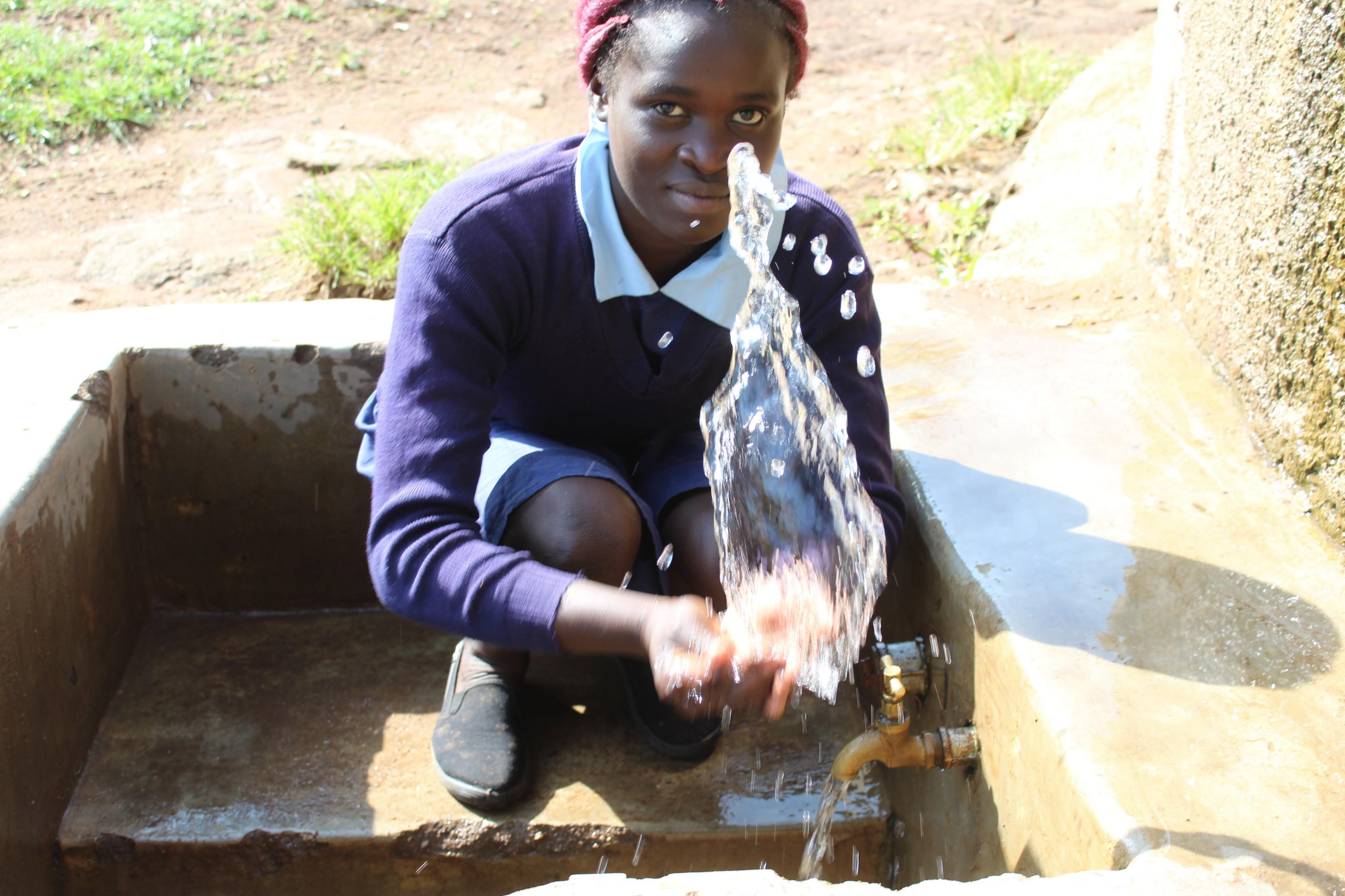 The Water Project : 4-kenya18003-having-fun