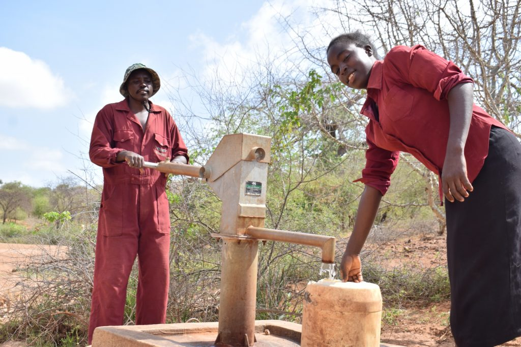 The Water Project : kenya18171-filling-up-at-the-well