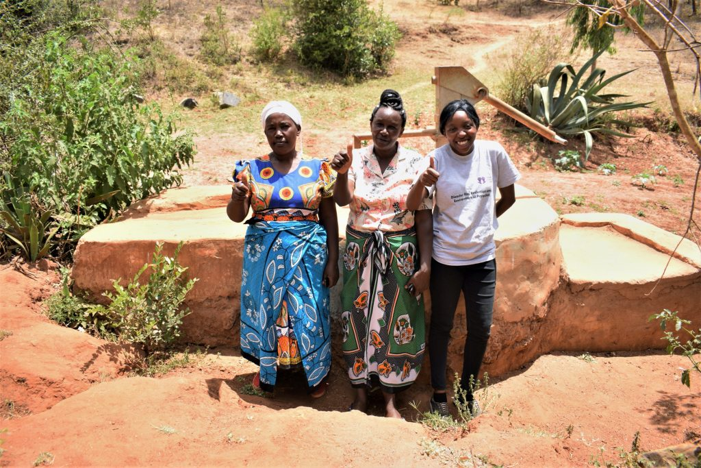 The Water Project : kenya18180-thumbs-up