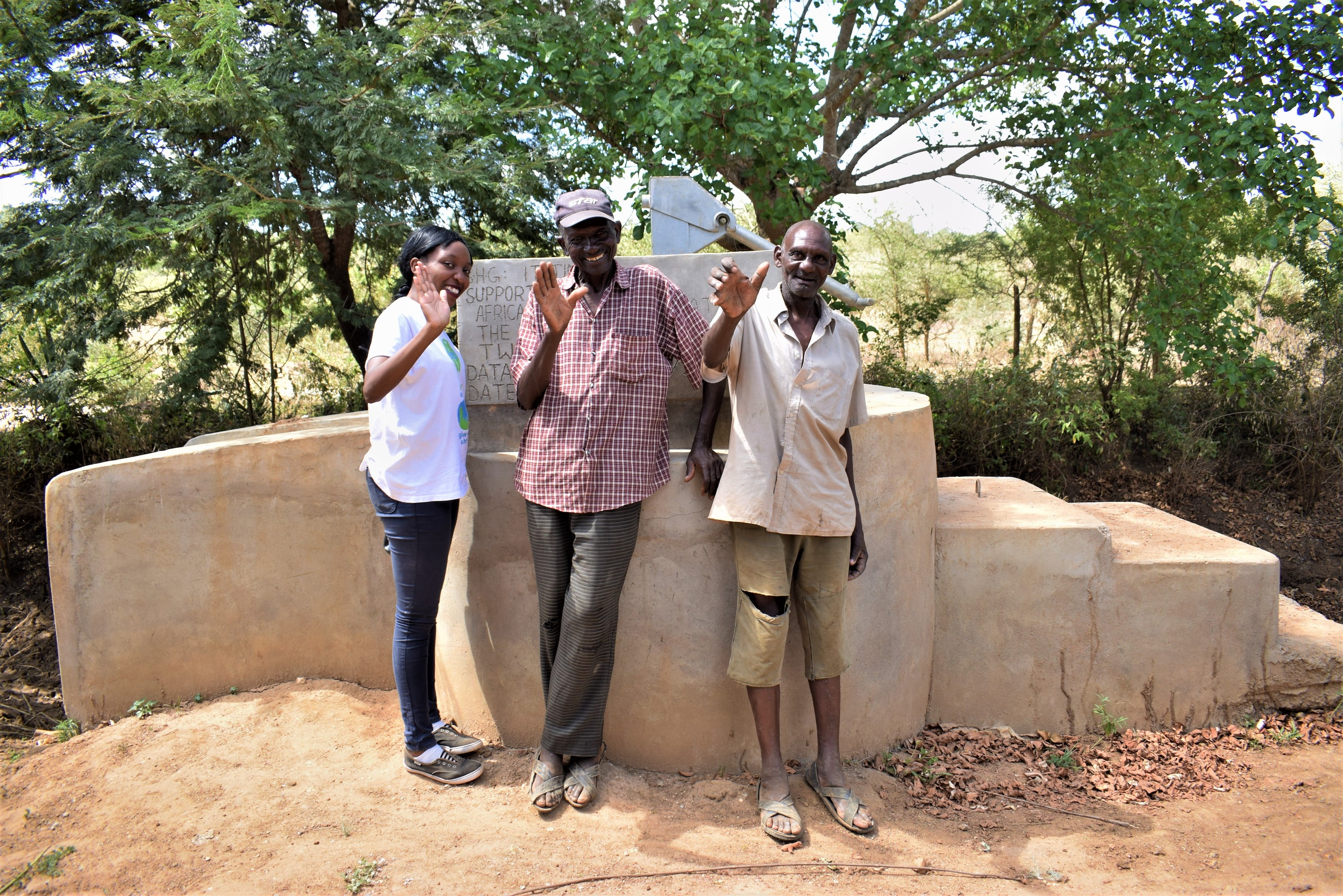 The Water Project : kenya18182-community-members-at-the-well