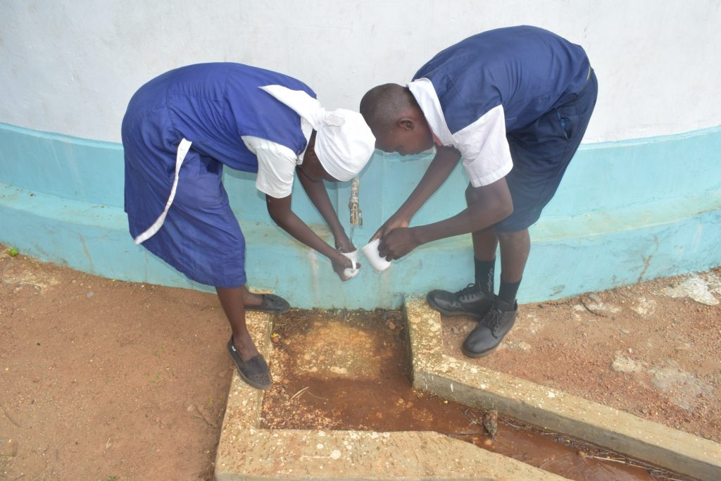 The Water Project : kenya18237-students-fetch-water