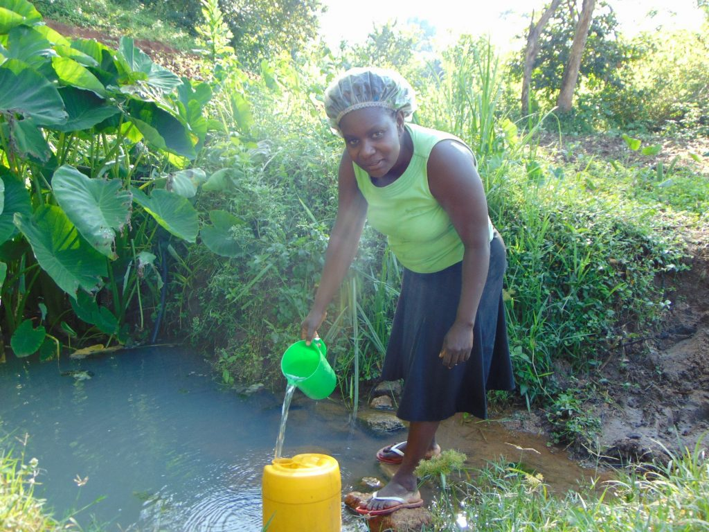 The Water Project : kenya19134-at-the-spring
