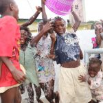 The Water Project: Gbontho Lane, Behind Gbontho Mosque -  Children Celebrate The Well