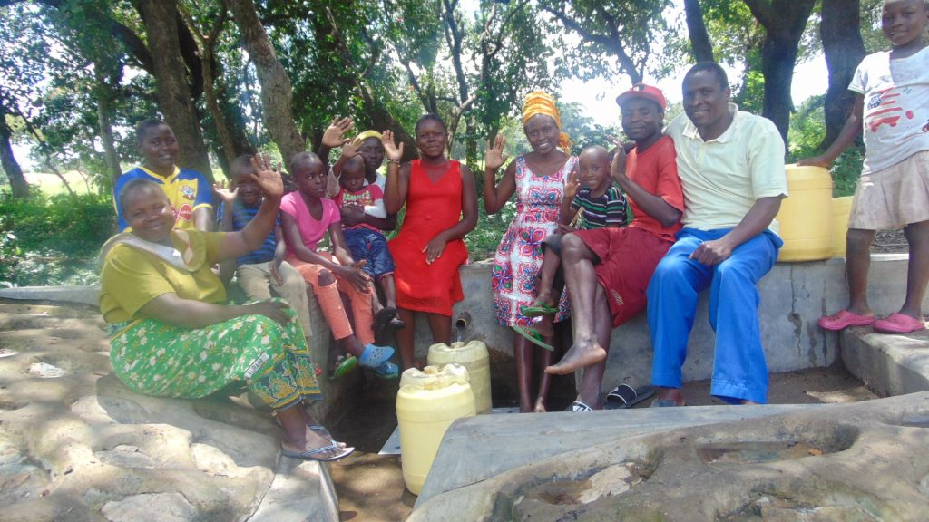 The Water Project : 0-kenya18151-happy-spring-users
