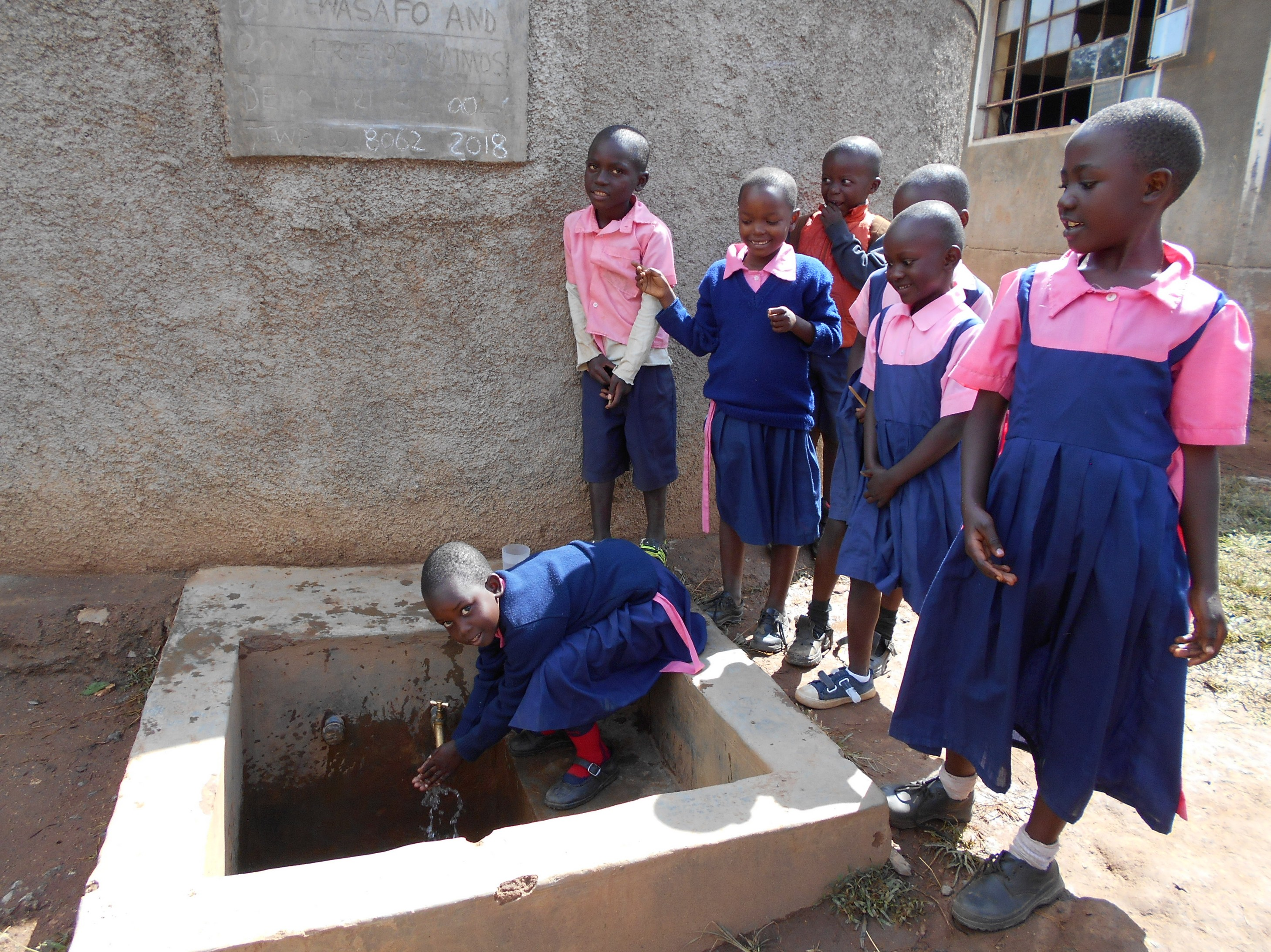 The Water Project : 2-kenya18062-students-fetching-water