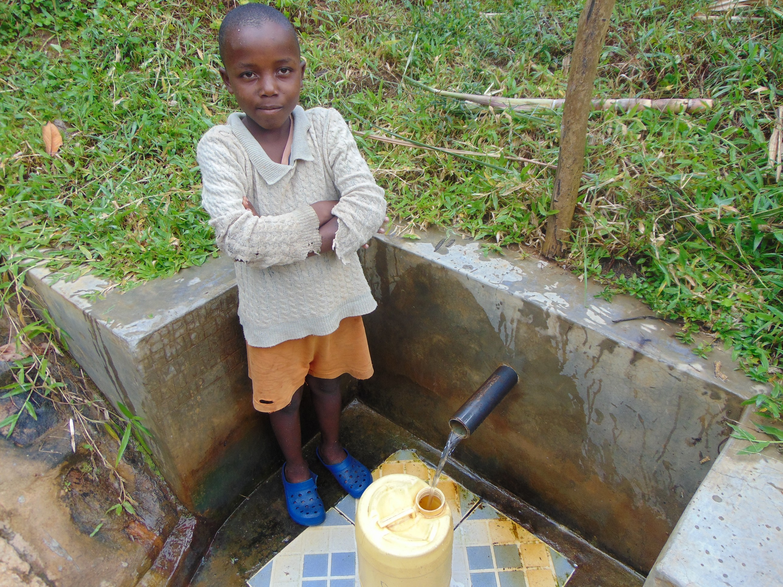 The Water Project : 3-kenya18155-goddard-filling-up