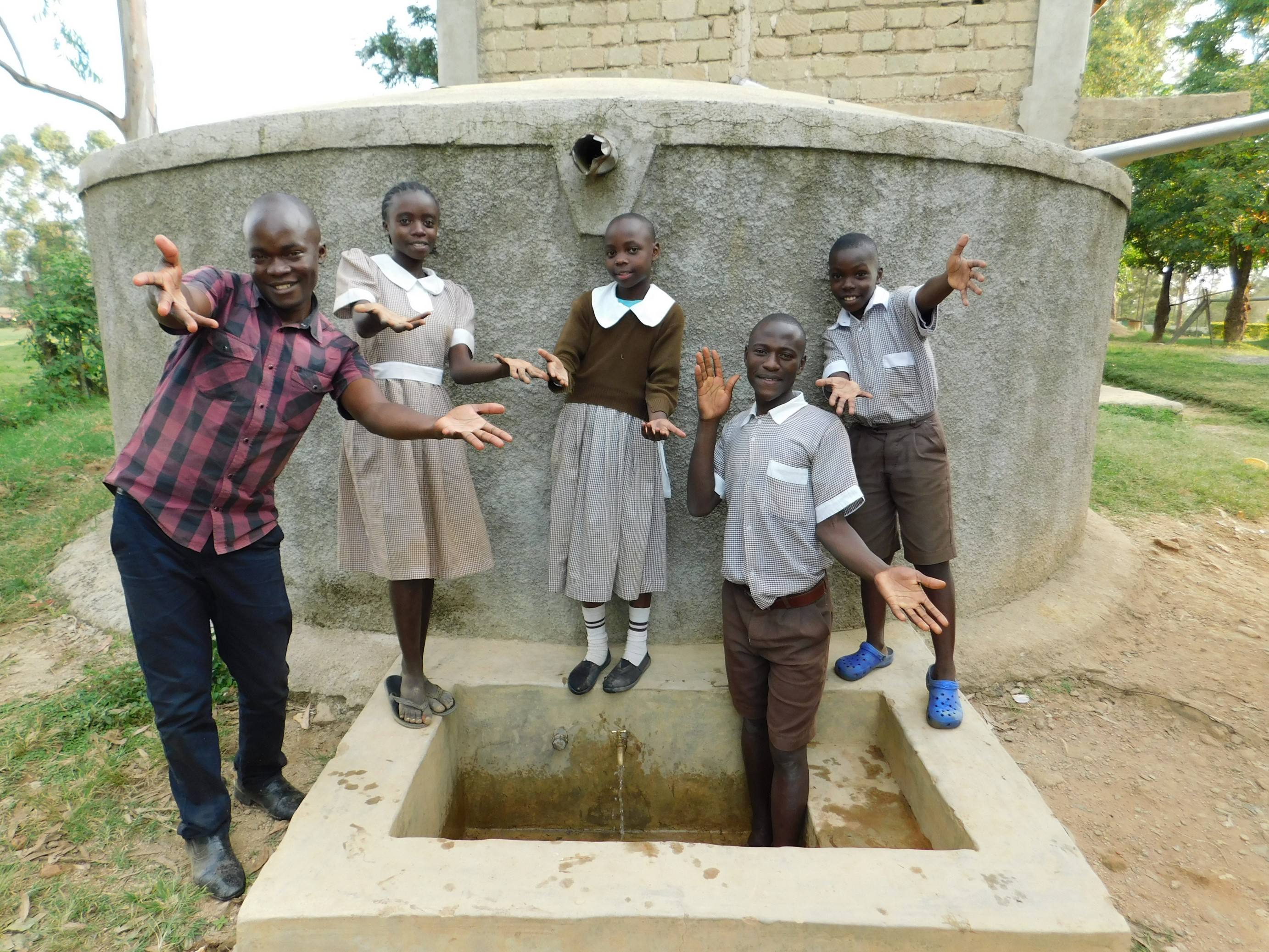 The Water Project : 5-kenya18060-ta-da-clean-water