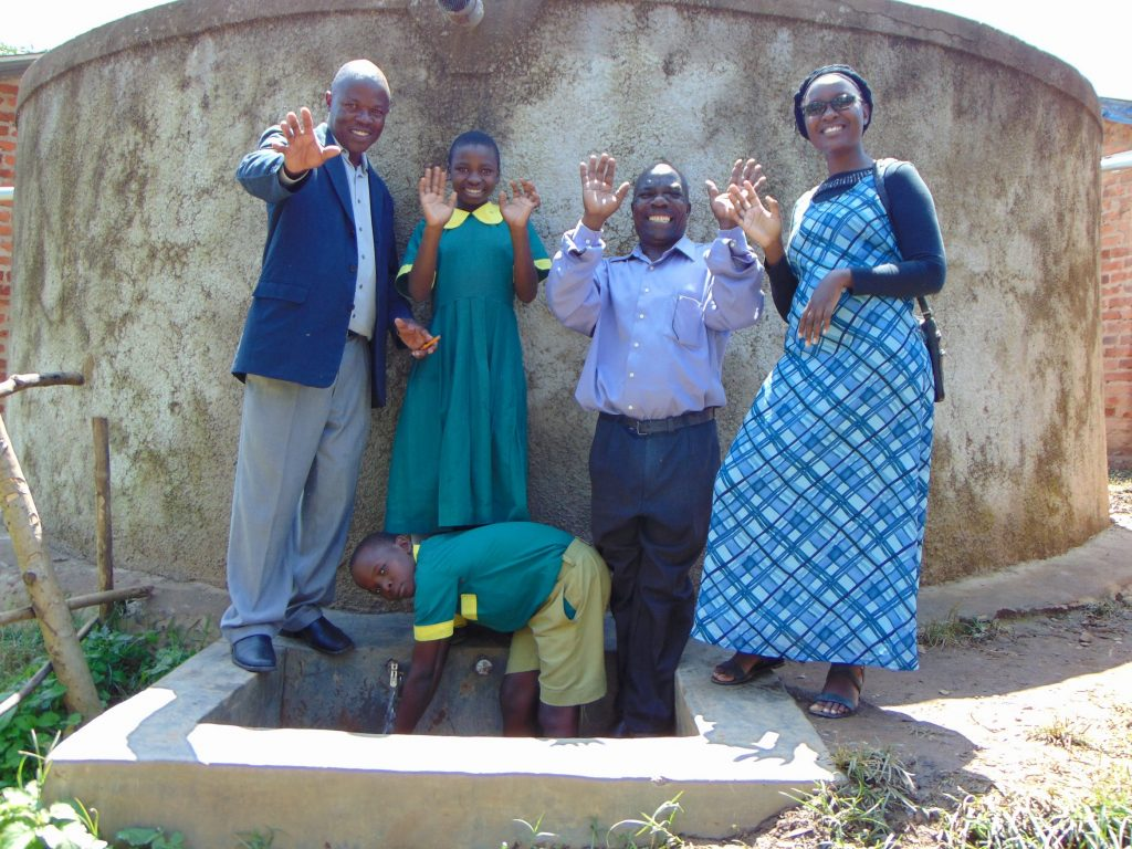 The Water Project : 5-kenya18070-smiles-for-clean-water
