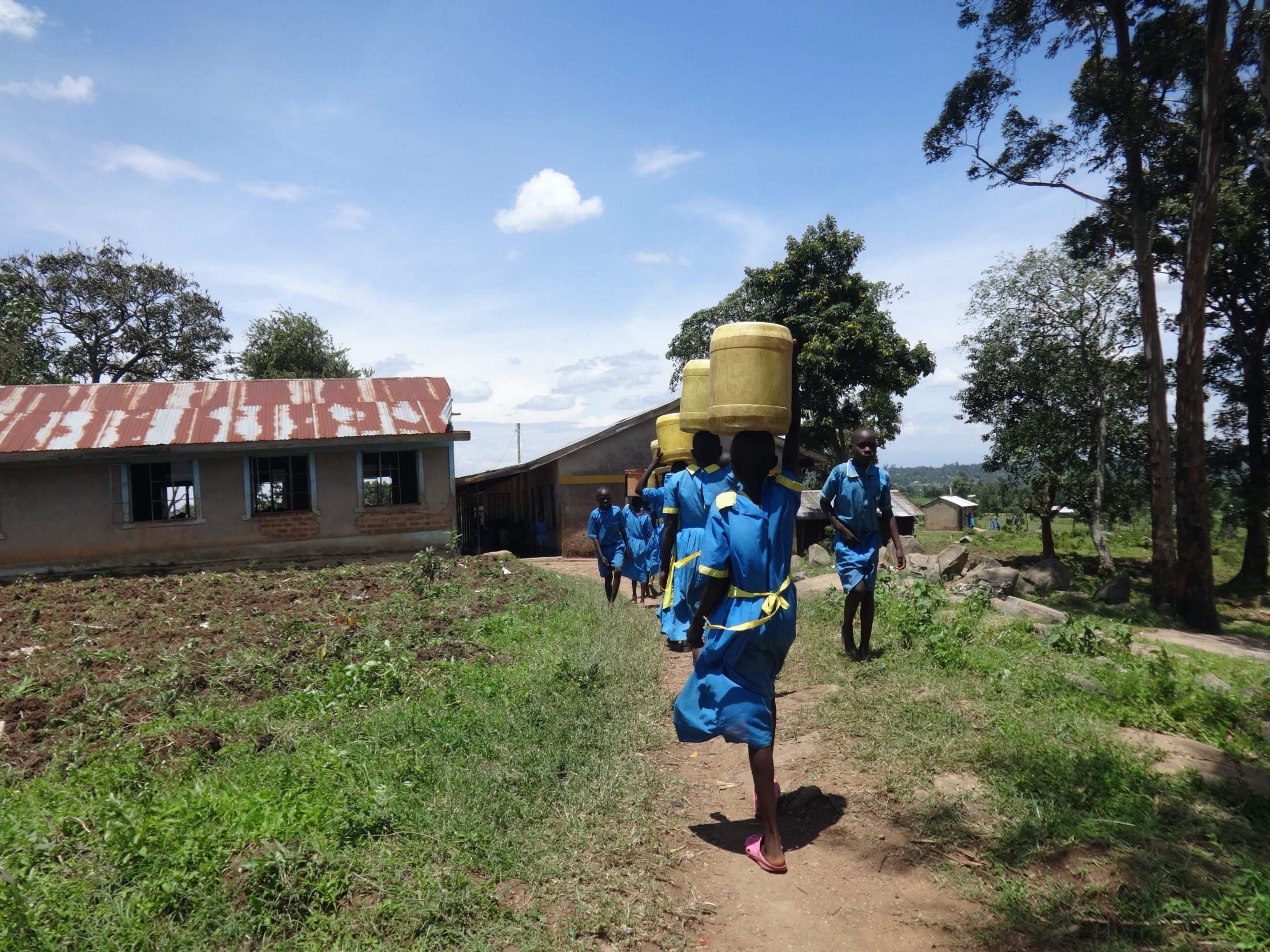 The Water Project : 24-kenya20128-students-carrying-water-4