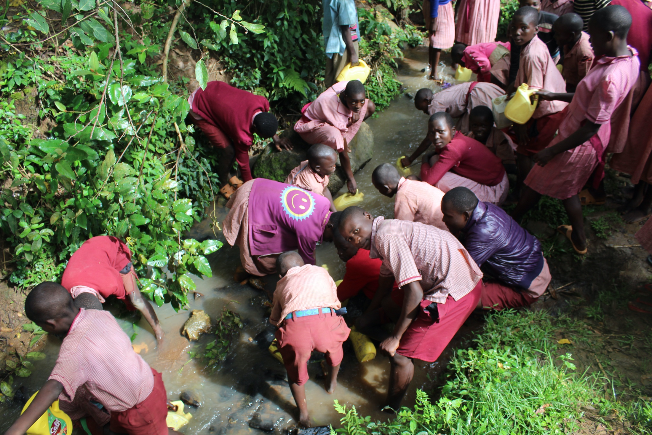 The Water Project : 26-kenya20129-students-collecting-water-6