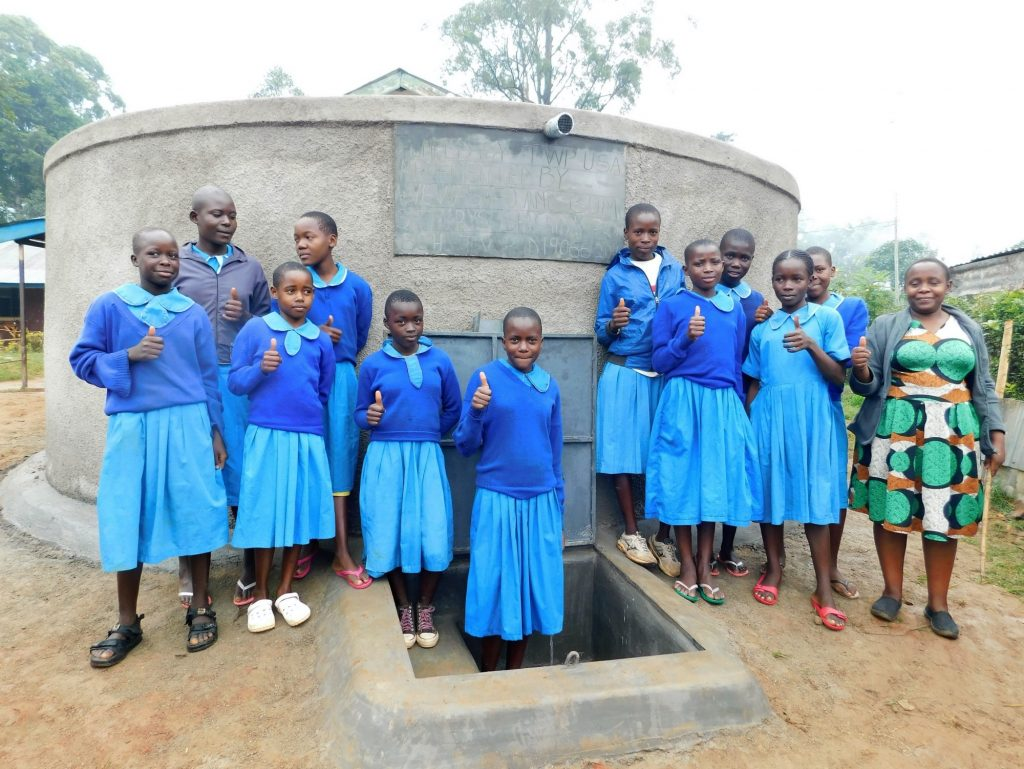 The Water Project : 26-kenya19066-thumbs-up-for-clean-water