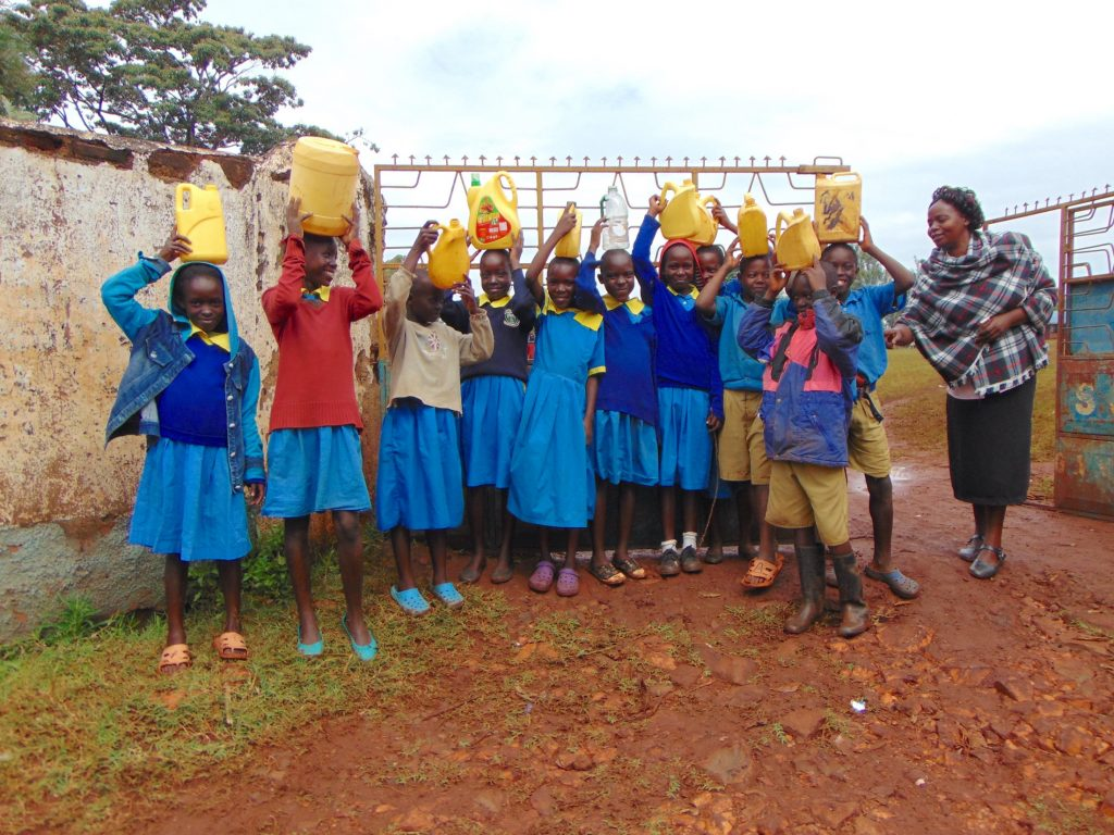 The Water Project : 2-kenya20154-students-at-school-gate