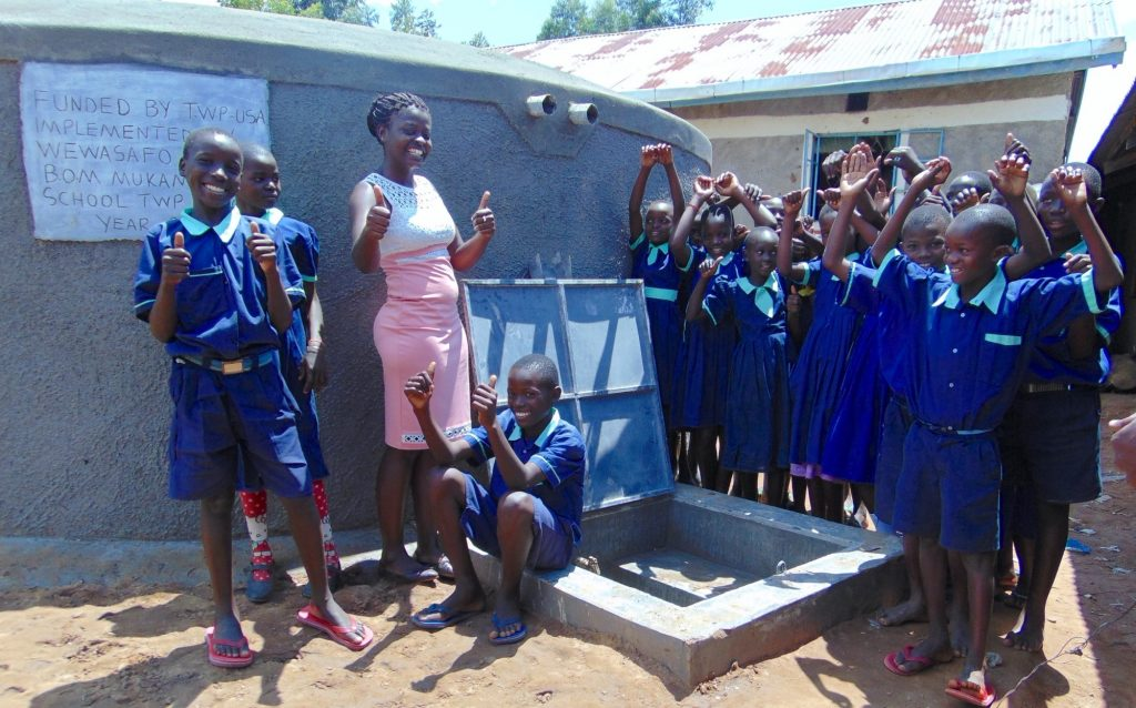 The Water Project : 40-kenya19073-thumbs-up-for-clean-water
