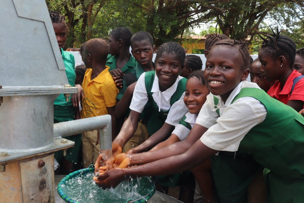 The Water Project : sierraleone19287-students-at-the-well