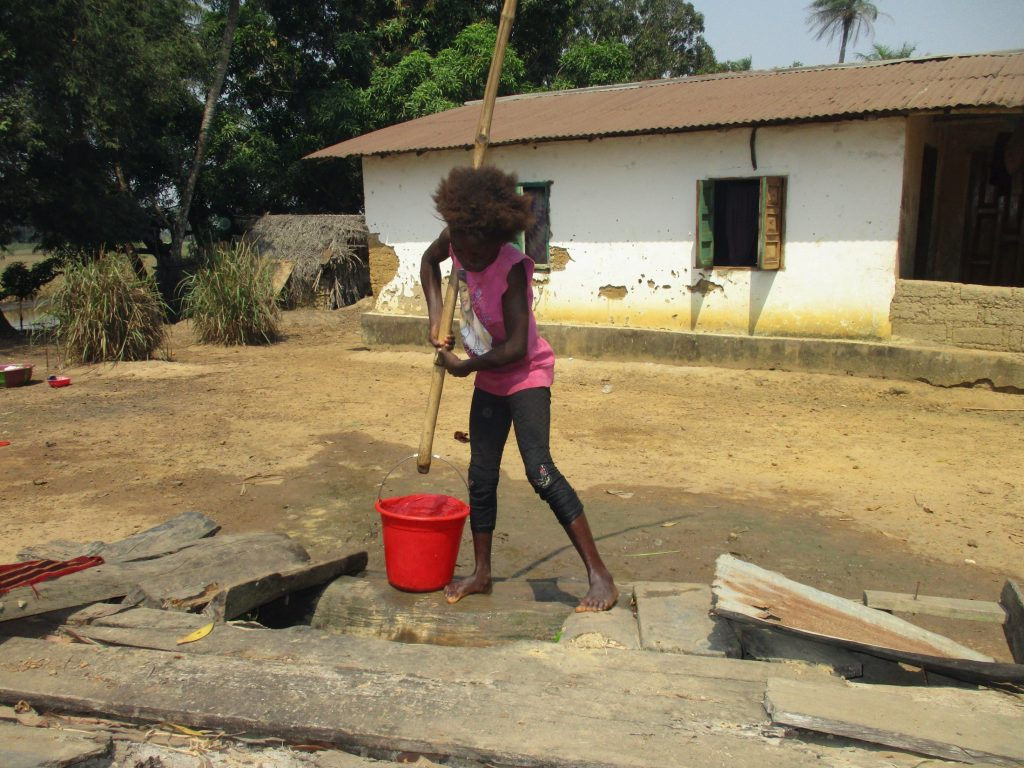 The Water Project : sierraleone20416-kid-collecting-water