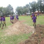 The Water Project: Chiliva Primary School -  Pupils Deliver Bricks