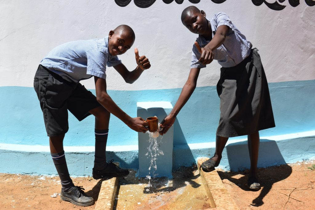 The Water Project : kenya19253-thumbs-up