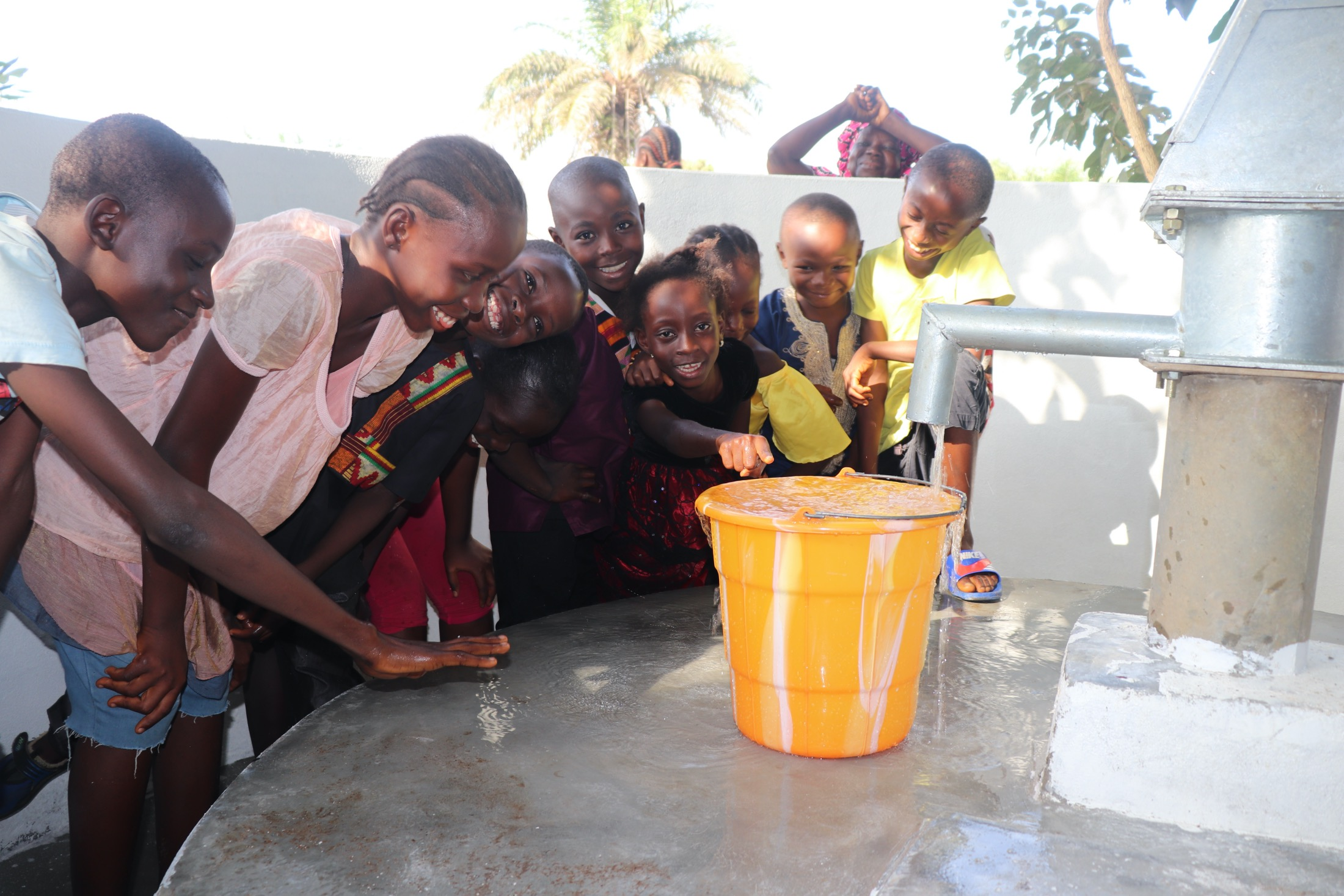 The Water Project : sierraleone19286-kids-at-the-well