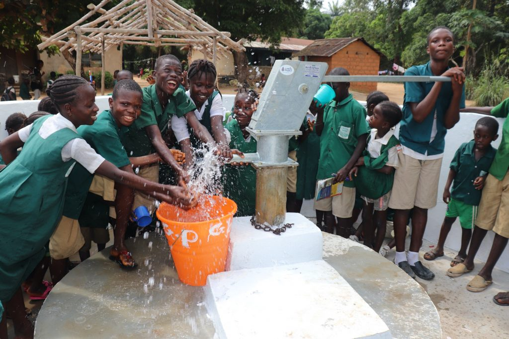 The Water Project : sierraleone19288-students-play-at-the-well