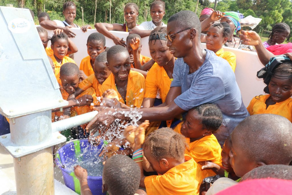 The Water Project : sierraleone19272-students-play-at-the-well