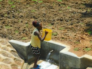 The Water Project:  Mounting Bucket On Head