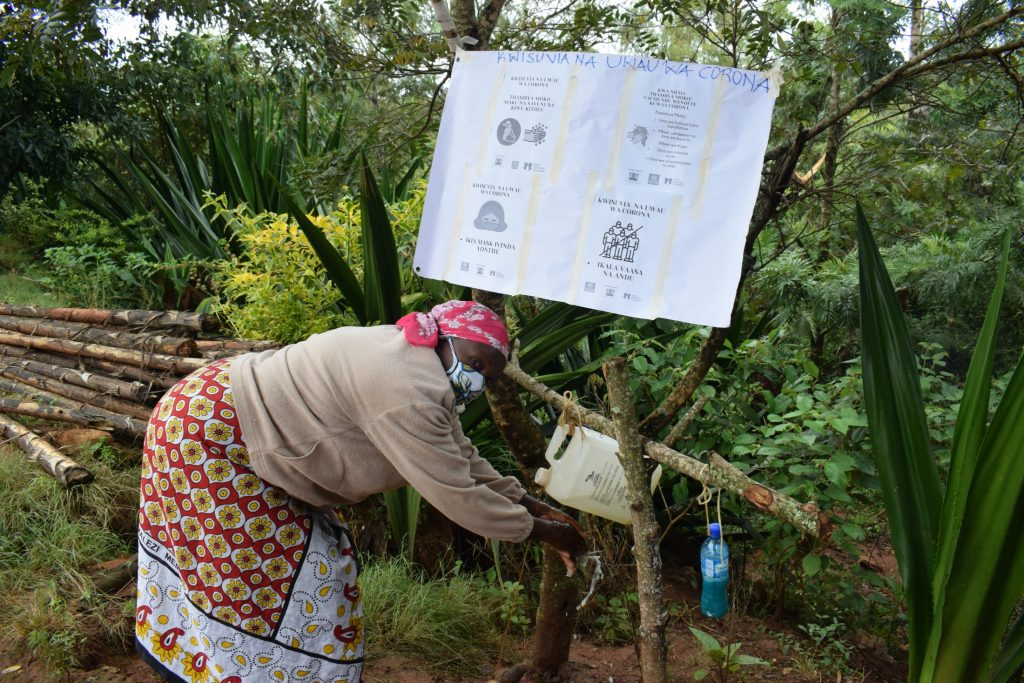 The Water Project : covid19-kenya18180_covid-19-community-outreach-11
