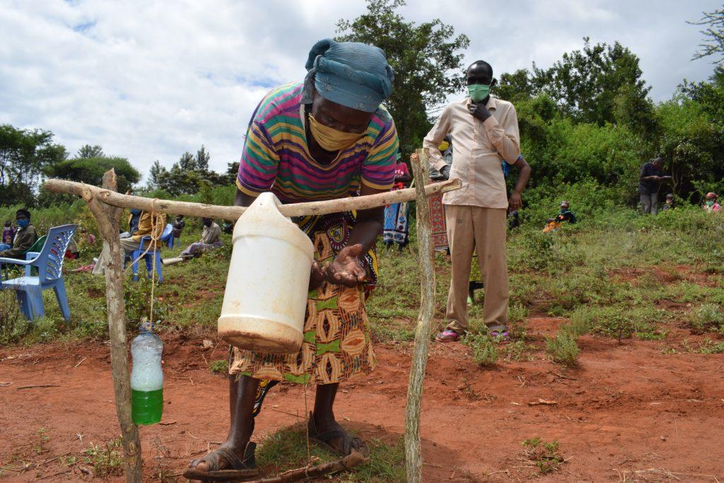The Water Project : covid19-kenya18224-handwashing-3
