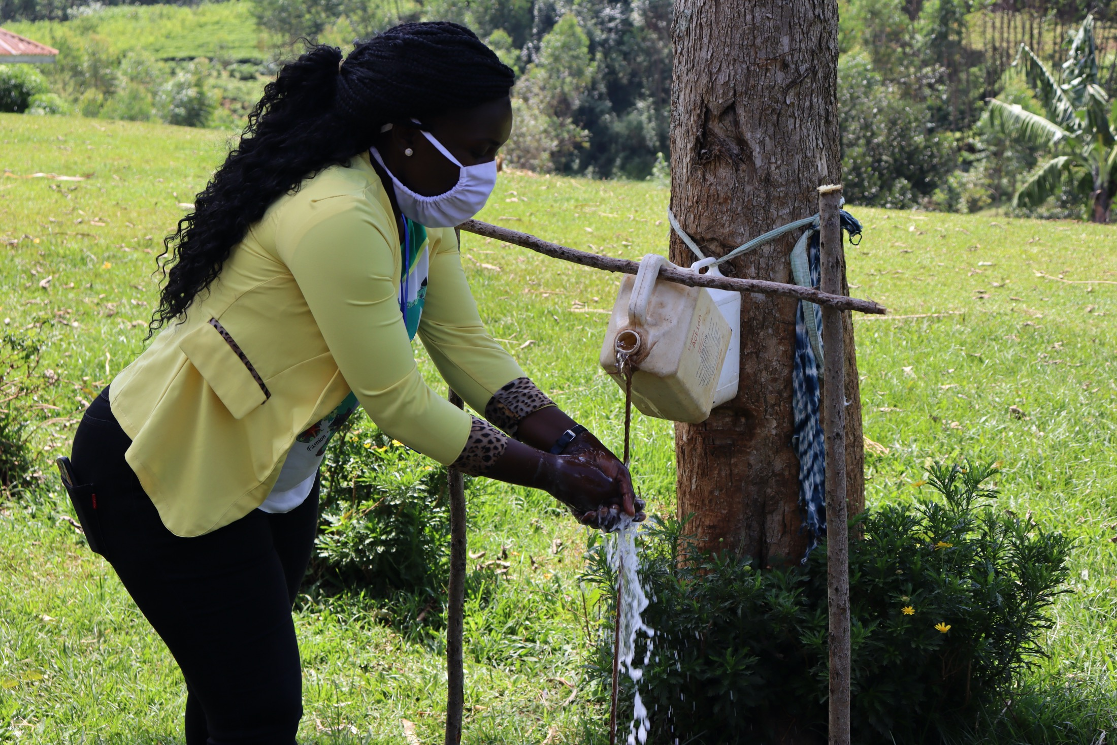 The Water Project : covid19-kenya19163-handwashing-demonstration-2