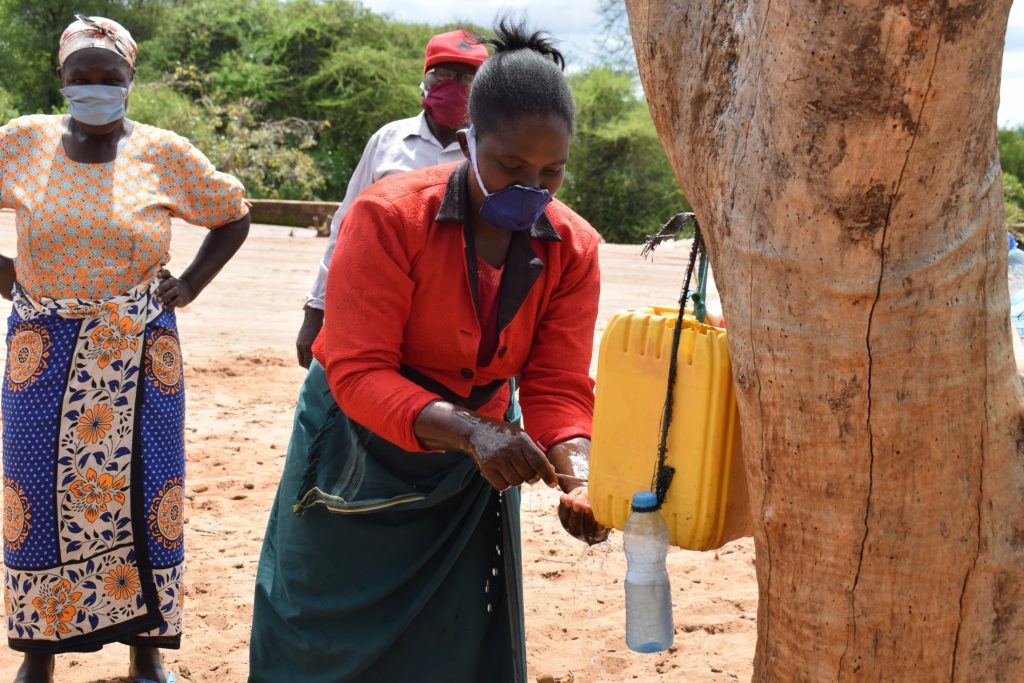 The Water Project : covid19-kenya4498_covid-19-outreach-19