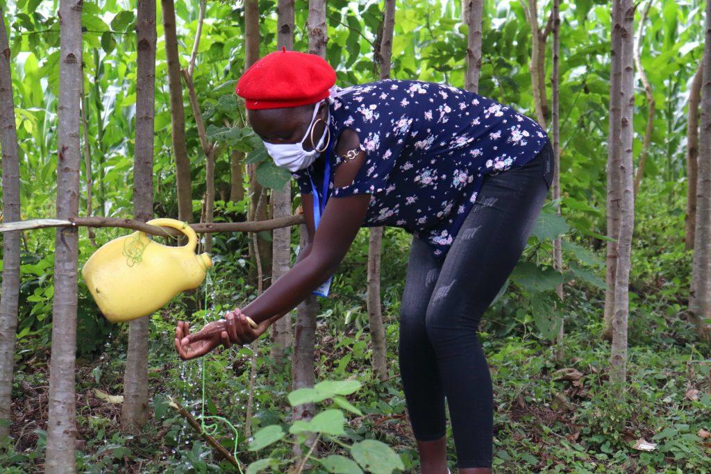 The Water Project : covid19-kenya4581-a-newly-built-handwashing-station