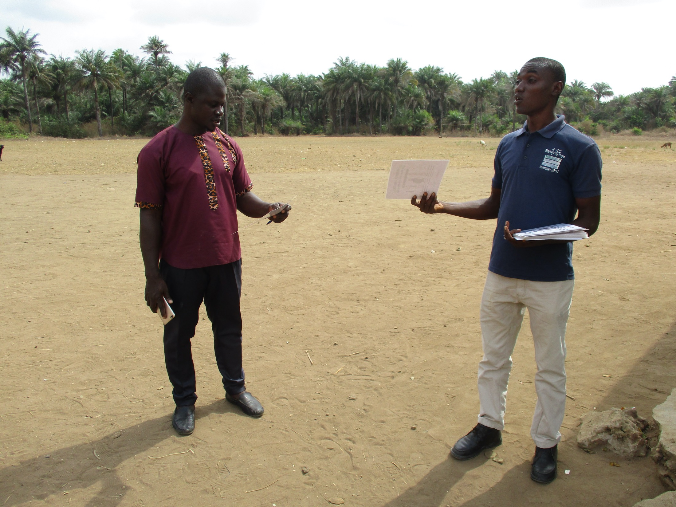 The Water Project : covid19-sierraleone19267-covid-training