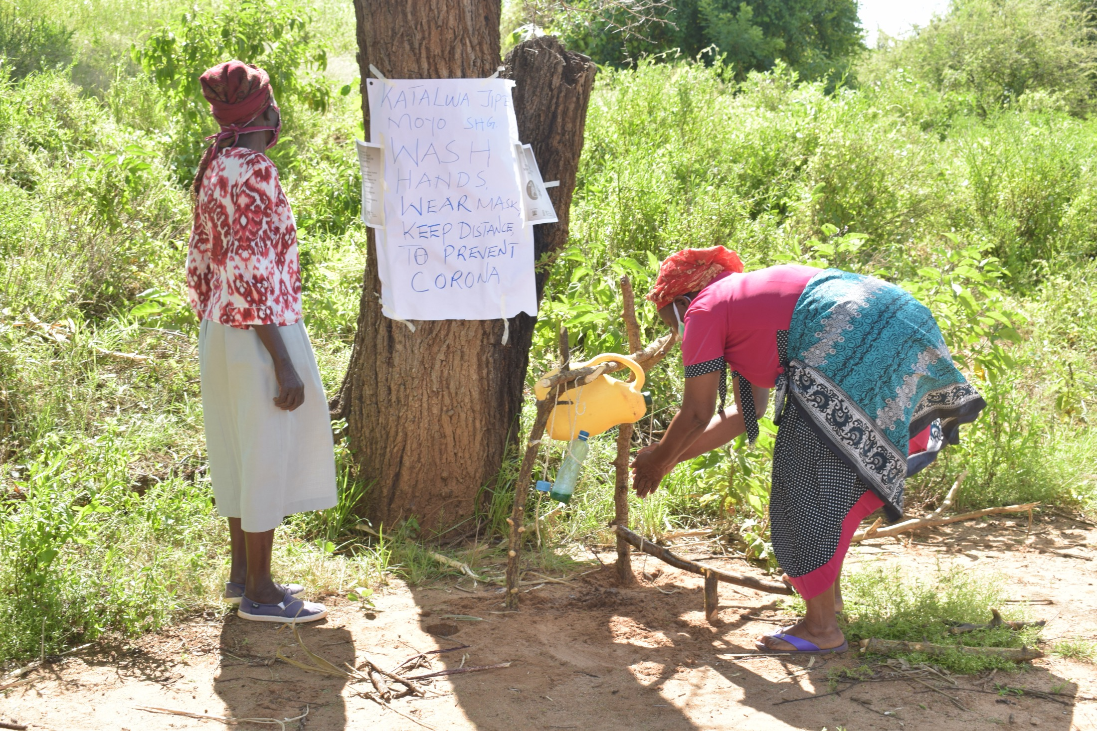 The Water Project : kenya18221-covid19-handwashing-3