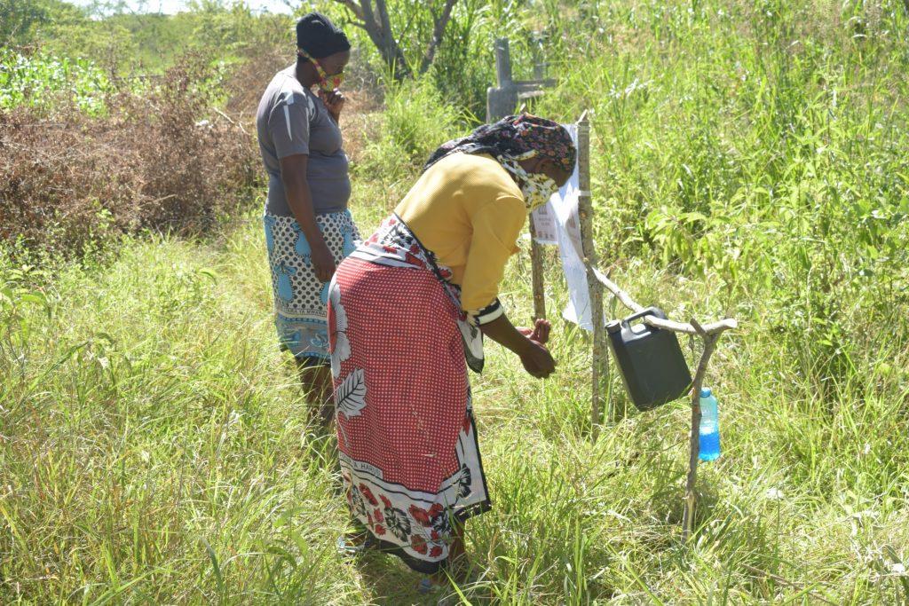 The Water Project : kenya19185-covid19-handwashing-3