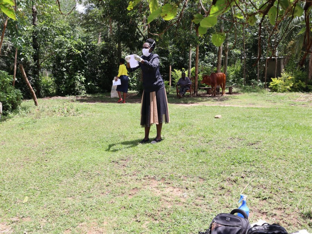 The Water Project : 5-covid19-kenya18111-illustration-on-how-to-make-a-homemade-mask-using-local-available-materials