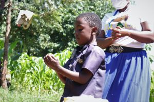 The Water Project:  A Kid Demonstrates Handwashing