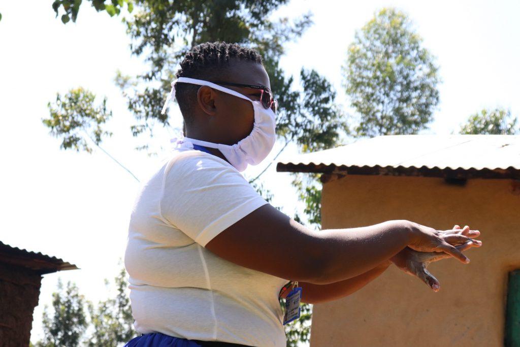 The Water Project : covid19-kenya19085-handwashing-time