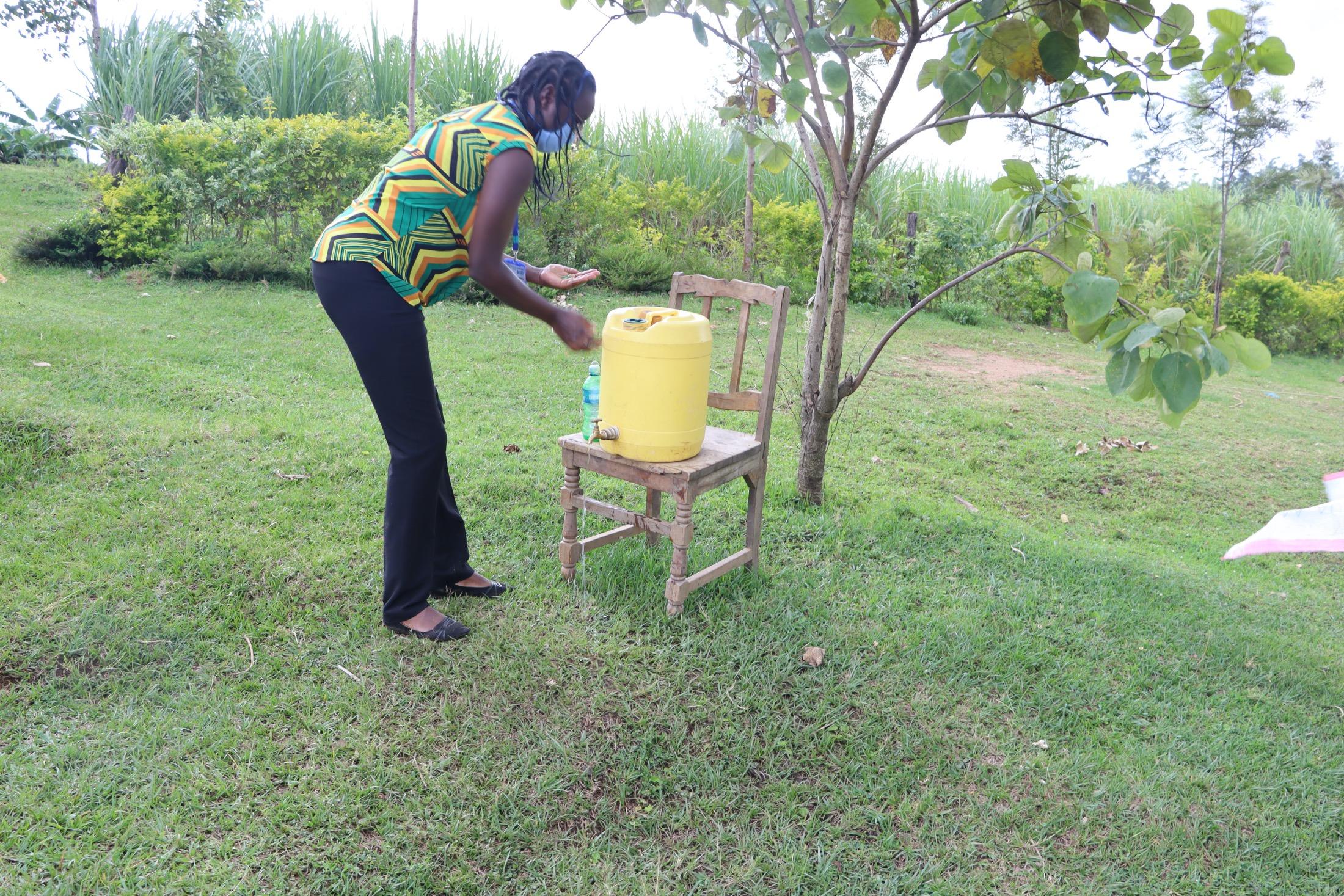 The Water Project : covid19-kenya19154-handwashing-training