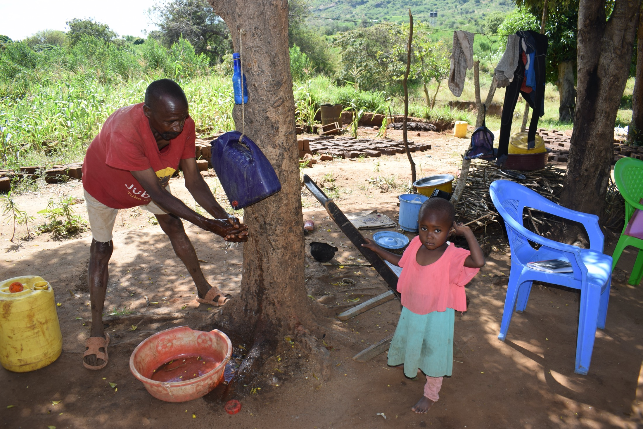 The Water Project : covid19-kenya4381-handwashing-at-home