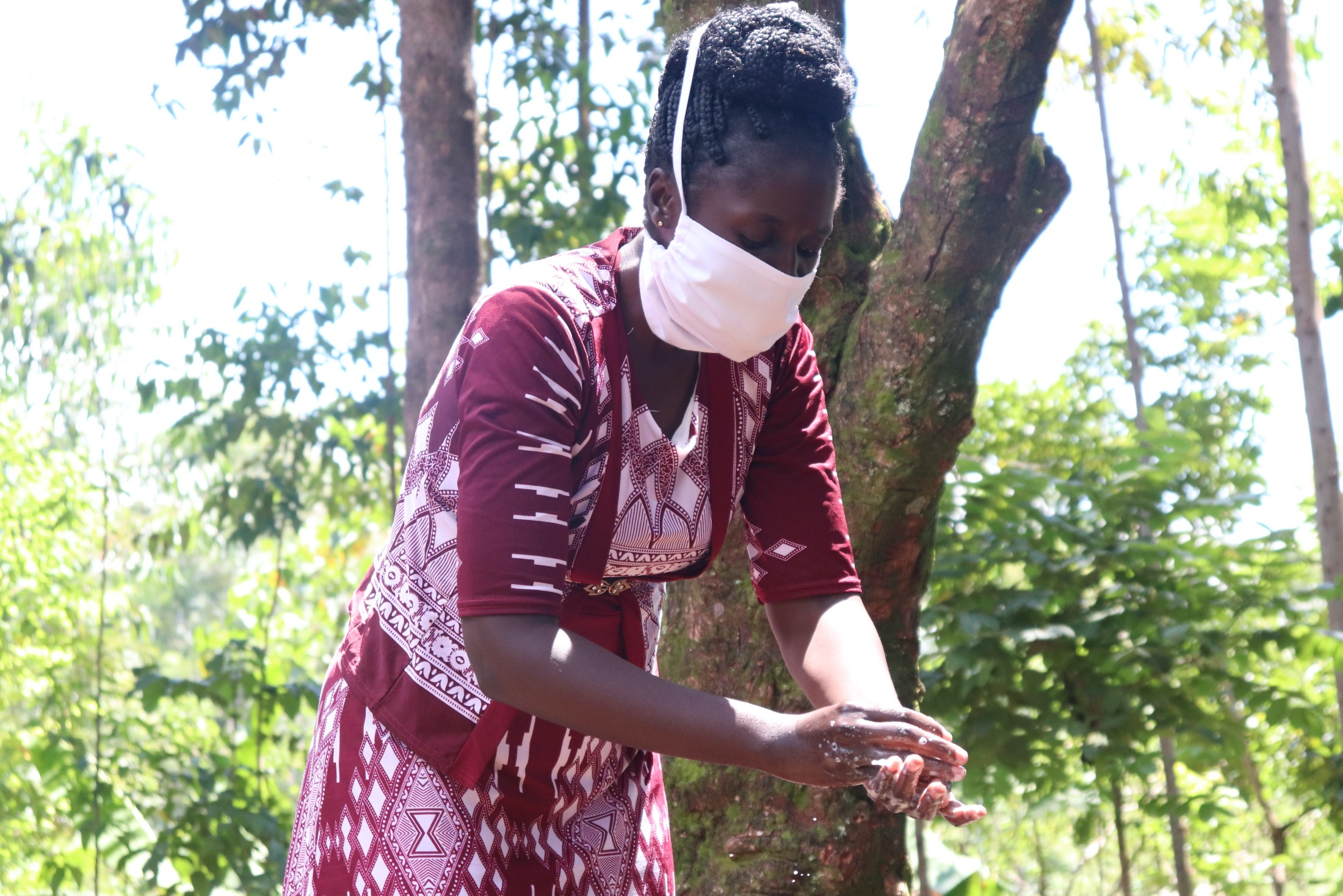 The Water Project : covid19-kenya4697-handwashing-demonstration