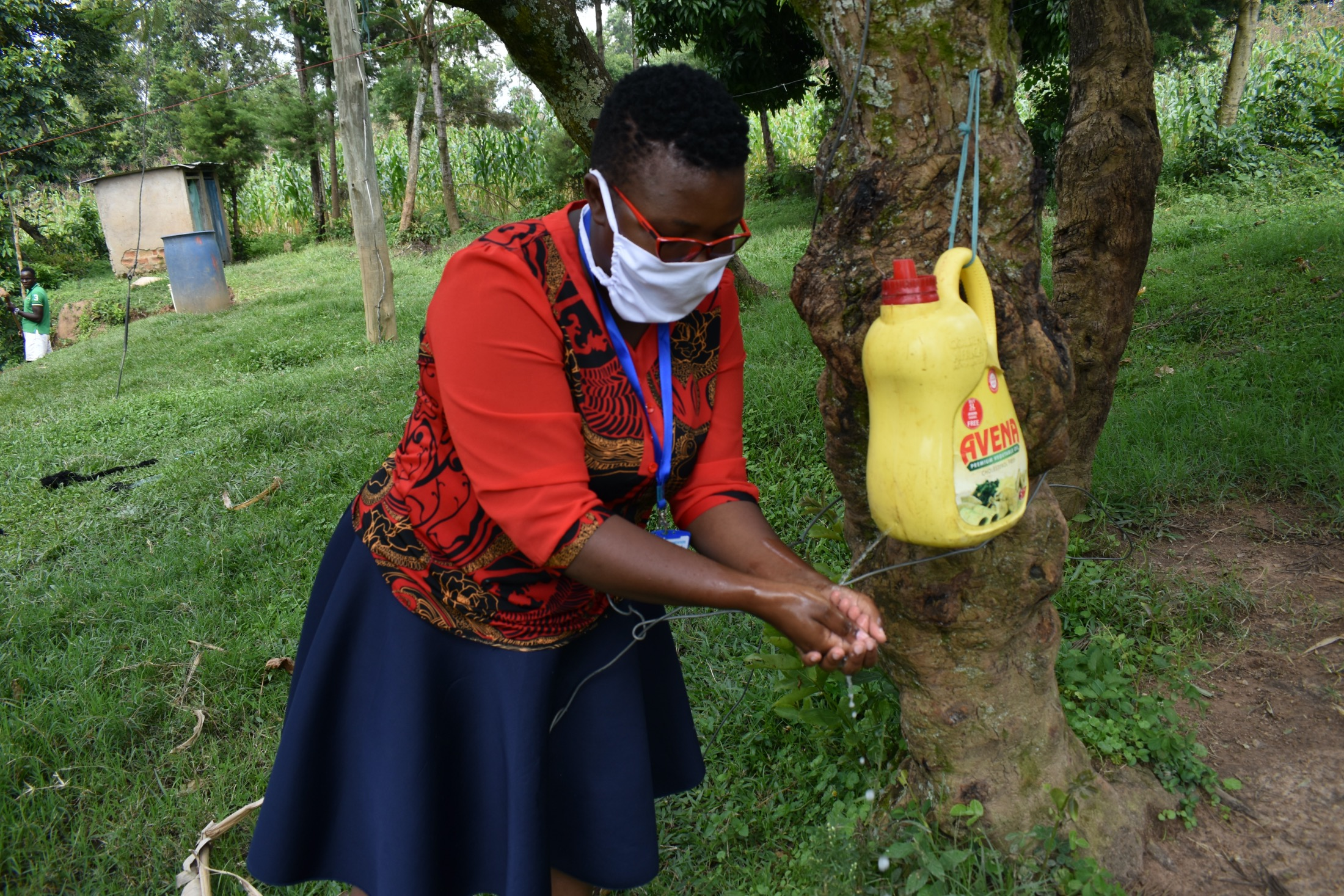The Water Project : covid19-kenya4713-handwashing-demonstration