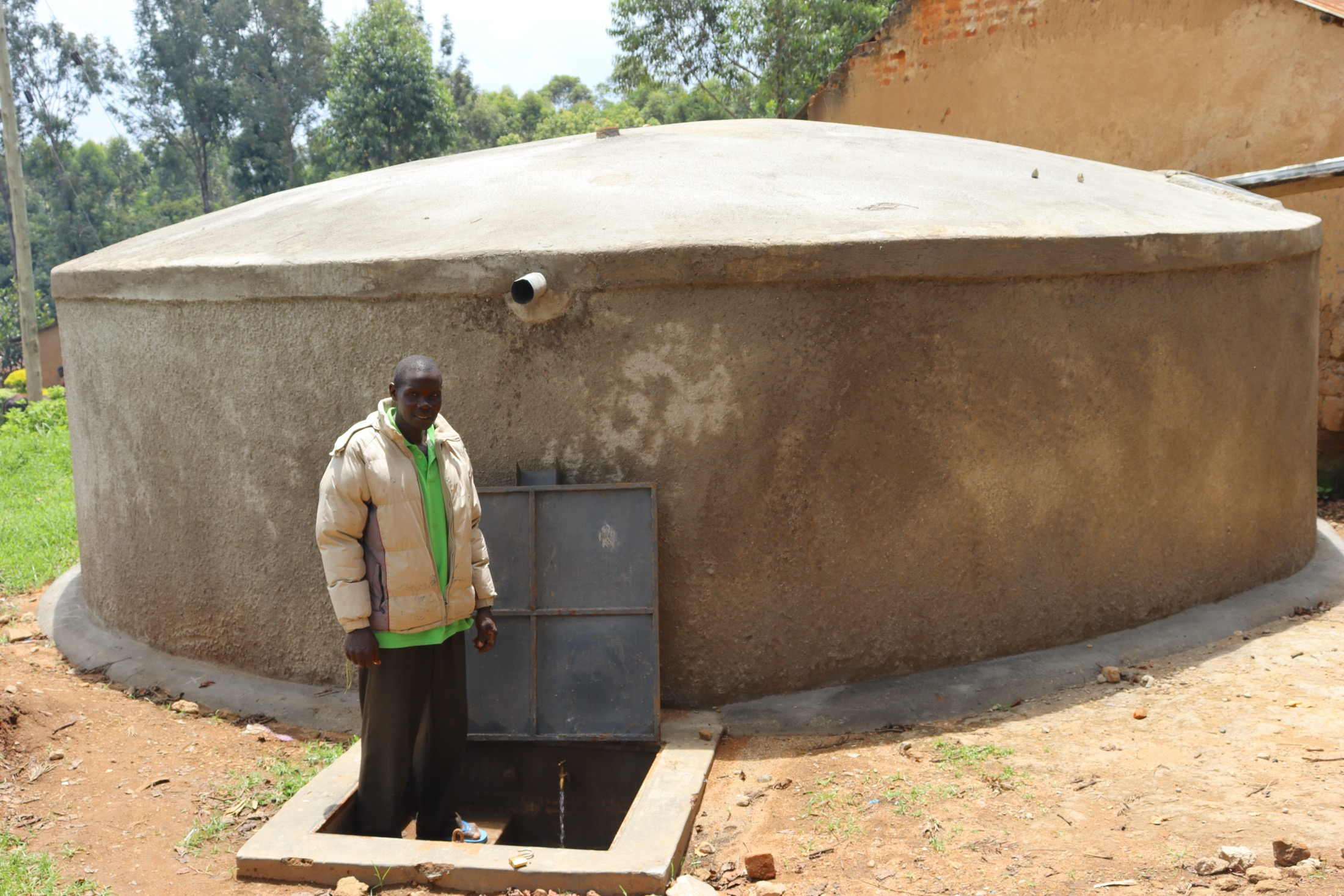 The Water Project : kenya20123-33-the-groundskeeper-at-the-drawing-point